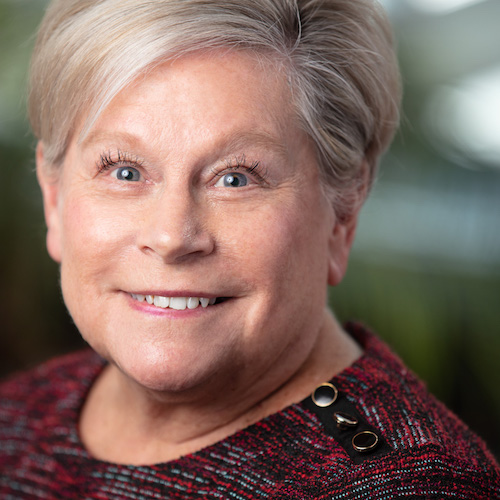 Headshot Photo of Caren Lehman