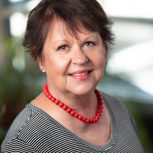 Joyce Dankert